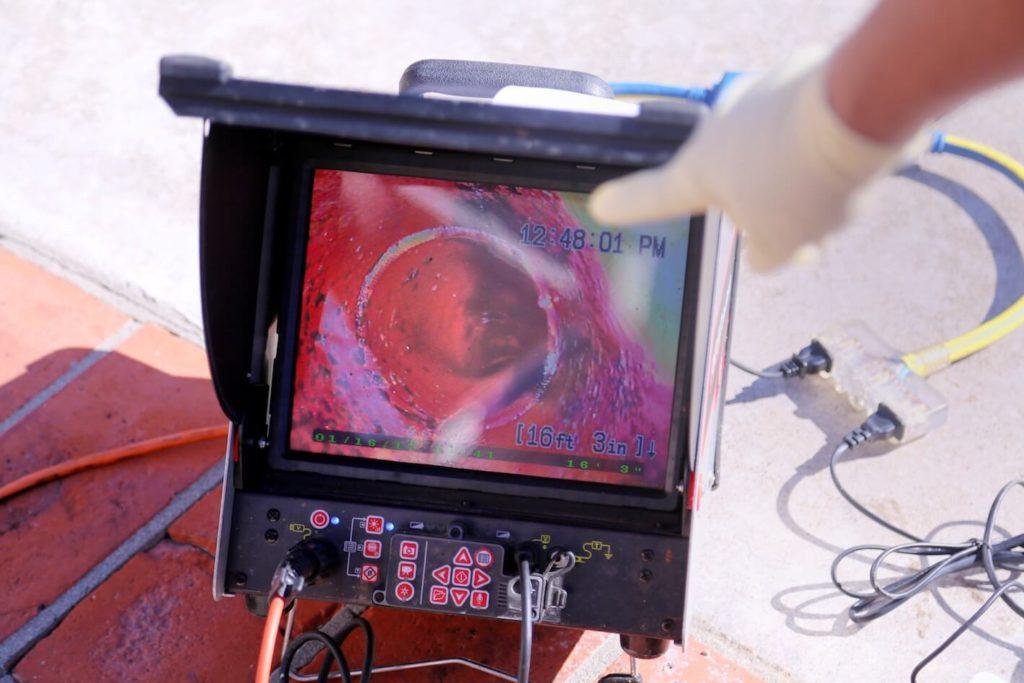 Rohrreinigung und Abflussreinigung tv inspektion